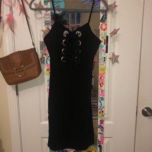 black strappy bodycon dress